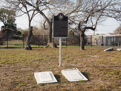 John Dix historic marker with John and Mary Dix gravestones