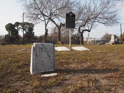 Theodore F Dix gravestone