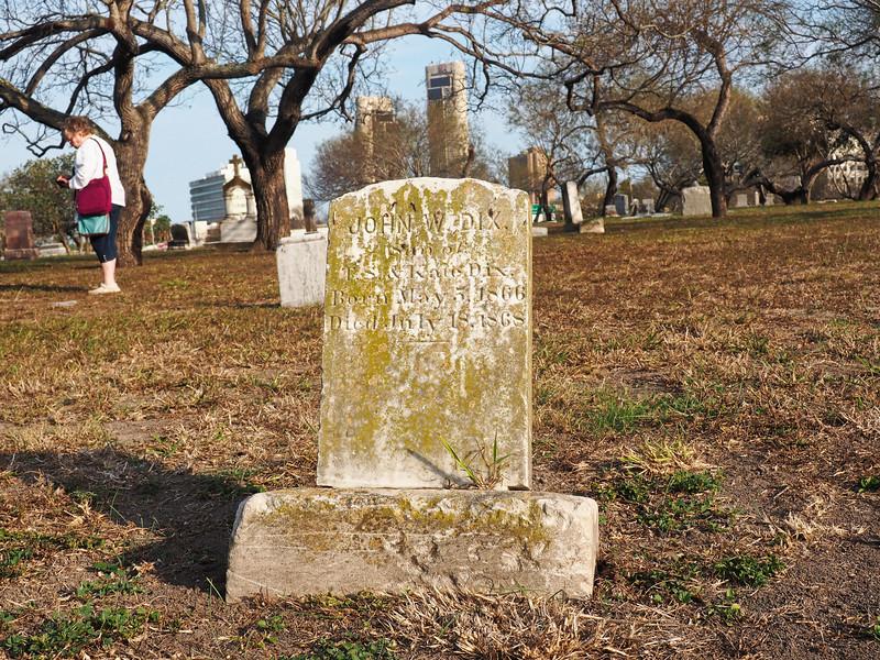 John W Dix gravestone