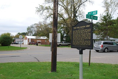 Historic marker with the Fair Haven Town Hall (and the location of the old fort) down the street