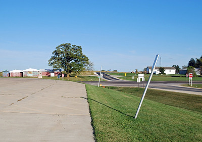 Looking back in the direction I had come (east) from the parking lot of the Wilson Township Community Center
