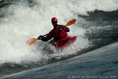 SONY DSC; 18 octobre 2009; Canada; Fleuve Saint Laurent; Habitat '67; Montreal; Province de Quebec; Riversurf; Surf de riviere