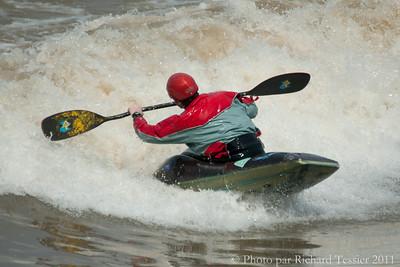20110422_Surf_de_riviere-_pict0292