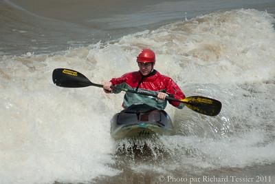 20110422_Surf_de_riviere-_pict0294