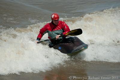 20110422_Surf_de_riviere-_pict0291