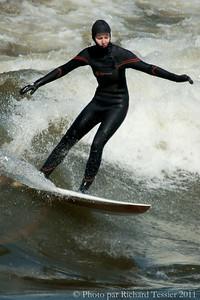 20110408_Surf_de_riviere-_pict0019