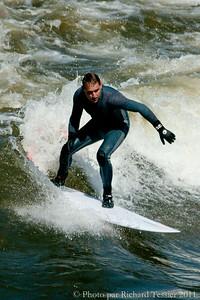 20110408_Surf_de_riviere-_pict0017