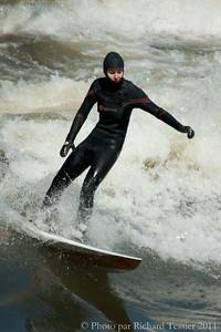 20110408_Surf_de_riviere-_pict0023