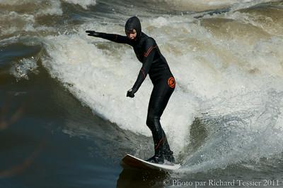 20110408_Surf_de_riviere-_pict0030