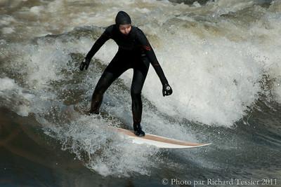 20110408_Surf_de_riviere-_pict0031