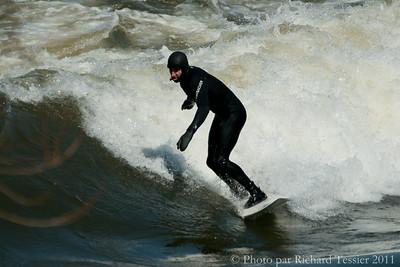 20110408_Surf_de_riviere-_pict0005