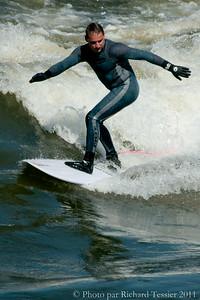 20110408_Surf_de_riviere-_pict0015
