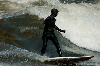 20110408_Surf_de_riviere-_pict0029