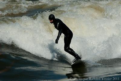 20110408_Surf_de_riviere-_pict0001