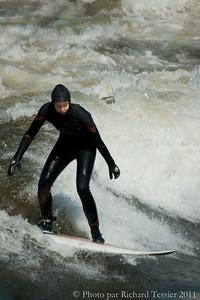 20110408_Surf_de_riviere-_pict0027