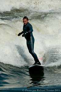 20110408_Surf_de_riviere-_pict0010