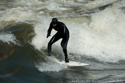 20110408_Surf_de_riviere-_pict0004