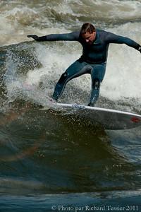 20110408_Surf_de_riviere-_pict0016