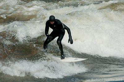 20110408_Surf_de_riviere-_pict0002