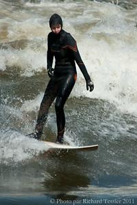 20110408_Surf_de_riviere-_pict0024