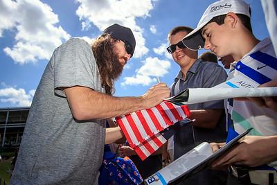Jep Robertson signs autographs for fans