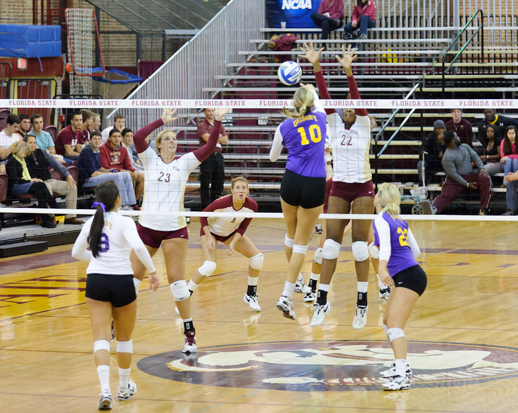 NCAA_Tourney_2011_FSU_Albany_D32_9376