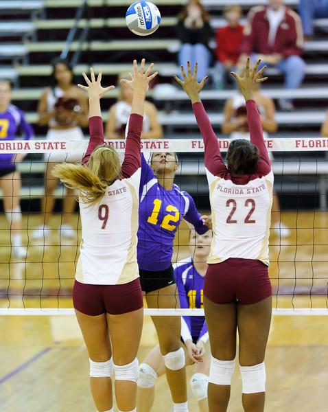 NCAA_Tourney_2011_FSU_Albany__DS30912