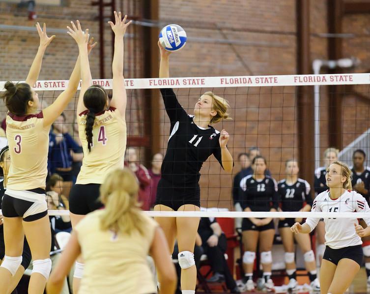 NCAA_Tourney_2011_FSU_Cincinnati_D32_0389