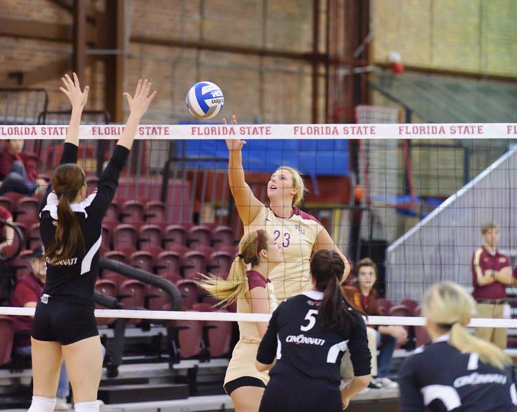 NCAA_Tourney_2011_FSU_Cincinnati_D32_9557