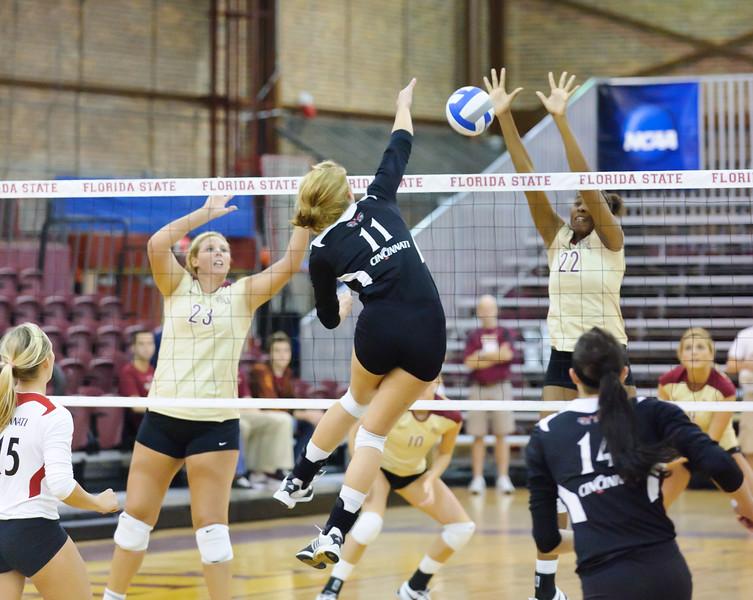 NCAA_Tourney_2011_FSU_Cincinnati_D32_9549