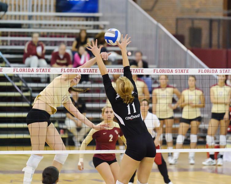 NCAA_Tourney_2011_FSU_Cincinnati_D32_9532