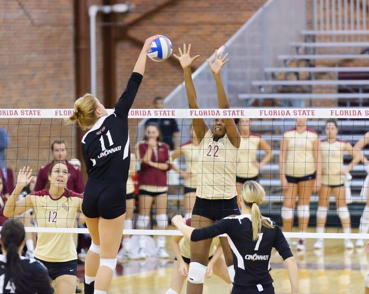 NCAA_Tourney_2011_FSU_Cincinnati_D32_9704