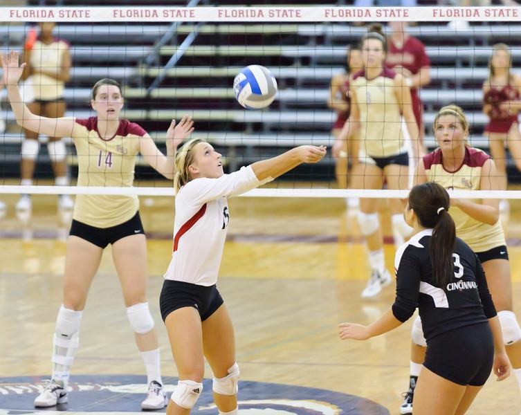 NCAA_Tourney_2011_FSU_Cincinnati_D32_9831