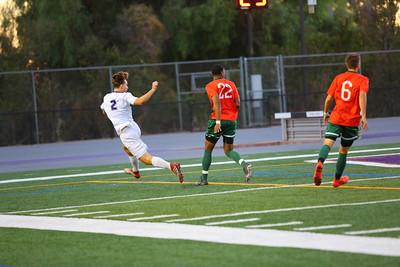33-2018-09-15 Mens Soccer Whittier v La Verne-570