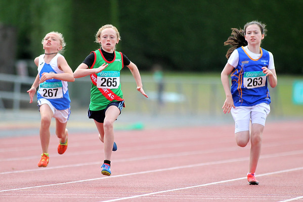 Sarah Mulroy (265 Westport AC) and Laura Farrell (263 Longford AC) in the girls U/11 60m Sprint