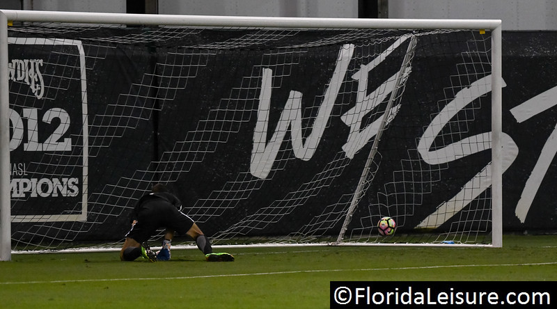 Tampa Bay Rowdies 3 FC Cincinatti 0, Al Lang Stadium, St. Petersburg, Florida - 22nd October 2017 (Photographer: Nigel G Worrall)
