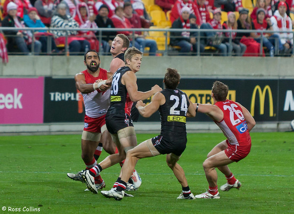 St Kilda Saints vs. Sydney Swans, Westpac Stadium, Wellington, 25 April 2013