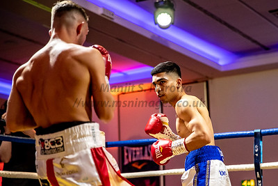 25th April 2019, Kyle Williams vs Kash Farooq, British Bantamweight Title, Radisson Blu, Glasgow25th April 2019, Kyle Williams vs Kash Farooq, British Bantamweight Title, Radisson Blu, Glasgow