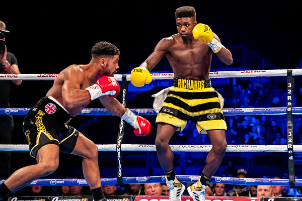 30th Nov 2019, MIdlands Mayhem, British Super-Middleweight Tiltle, Lerrone Richards vs Lennox Clarke, Birmingham Arena