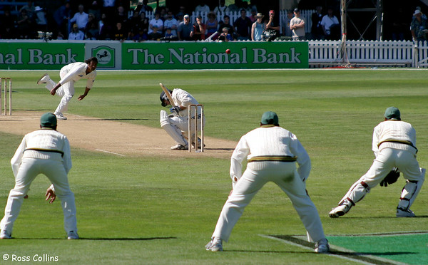 NZ vs. Pakistan, 3rd Day, Basin Reserve, Wellington, 28 December 2003