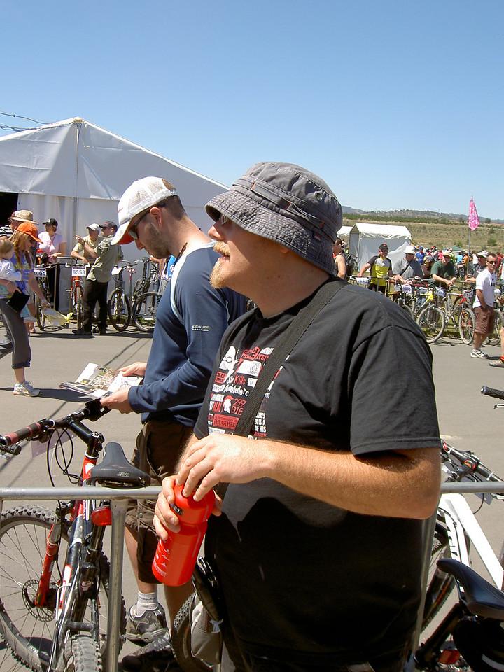 Simon holds the bike ready for the Le Mans start