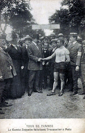 Count Zeppelin congratulating Louis Trousselier in Metz.