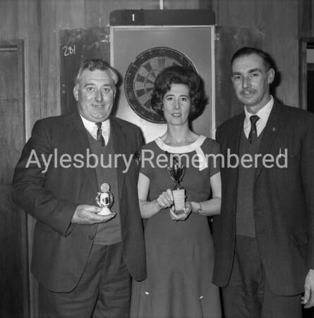 Darts at New Zealand pub, Apr 1966