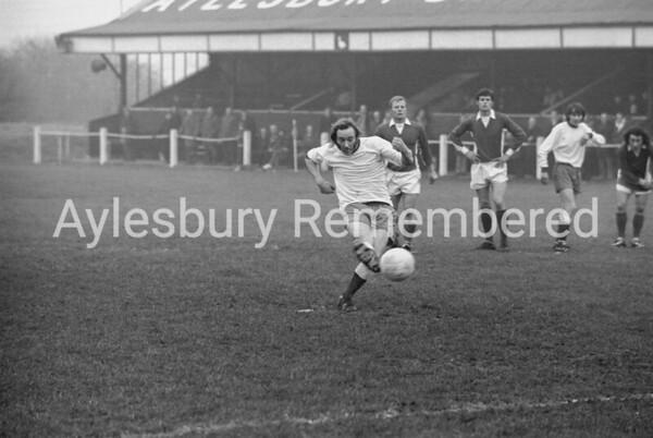 Aylesbury Utd v Herne Bay, Dec 30th 1972