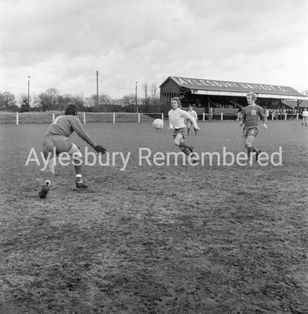Aylesbury Utd v Marlow, Apr 7th 1972