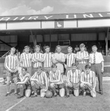 Aylesbury United team, Aug 28 1967