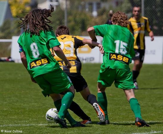 Team Wellington vs. YoungHeart Manawatu, ASB Premiership, David Farrington Park, 18 December 2011