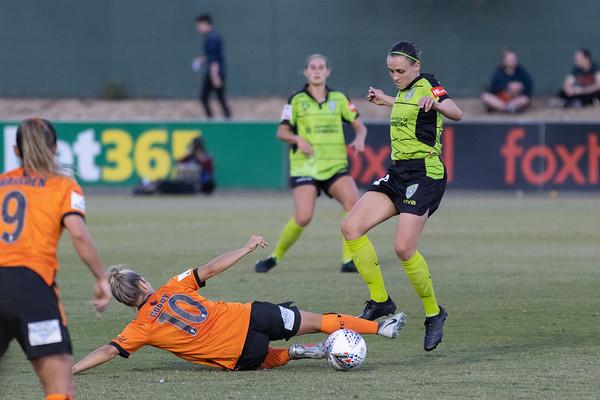 Katrina Gorry slide tackle Olivia Price