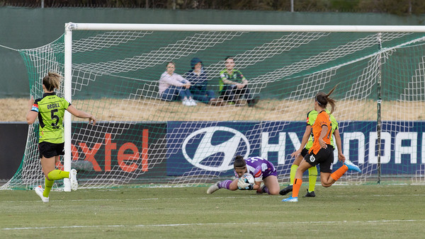Sham Khamis saves goal chance for Indiah-Paige Riley