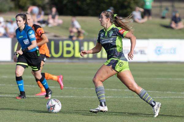 Bianca GALIC prepares to shoot long shot at goal